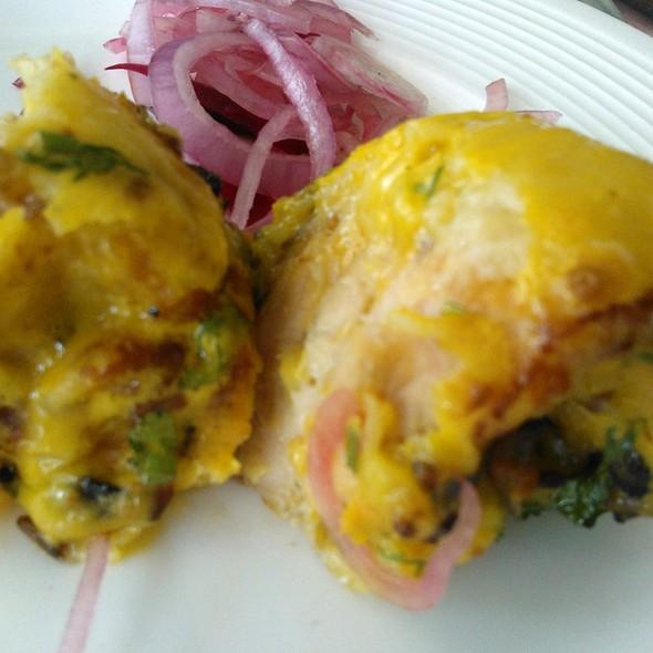 Murgh Arsalan Kabab (Special) @ Arsalan Restaurant & Caterer, C Dhurandhar Rd, Khar West, Mumbai, Maharashtra