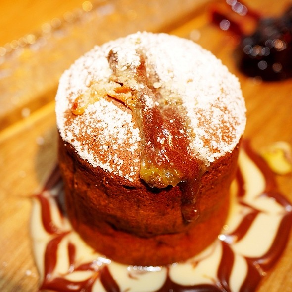 chocolate fondant @ The Meat & Wine Co. Darling Harbour
