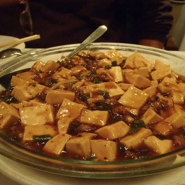 Bean Curd with Minced Beef in Hot Sauce