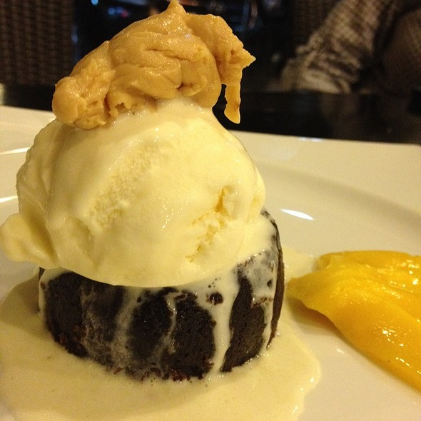 Half-Baked Chocolate Cake With Mango And Ice Cream @ Sensei
