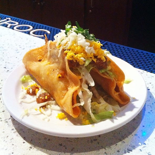 Crispy Chicken Tacos @ Blue Cue