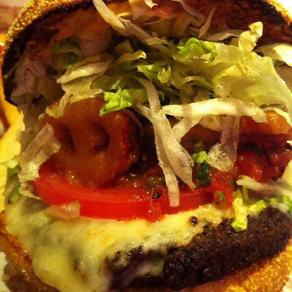 Burnin' Love Burger @ Red Robin Gourmet Burgers