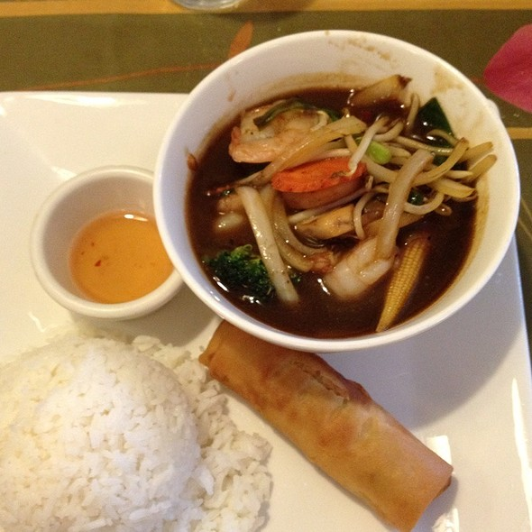 Great Bangkok Kitchen Maumee Images Gallery >> Bangkok Kitchen ...