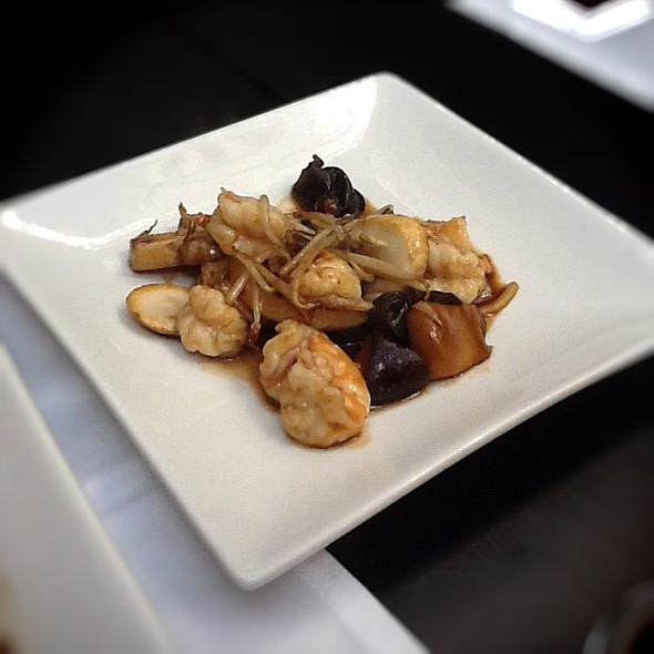 Wok stir fried seafood @ Wok Ninja