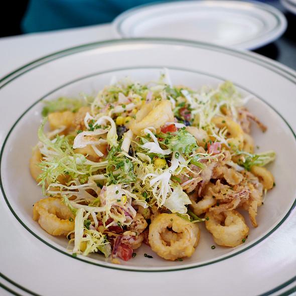 Raymond's - Crispy Calamari Salad - Foodspotting