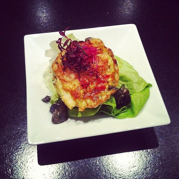mini-quiche van witlof, slakken met knoflook & basilicum @ Kookstudio75