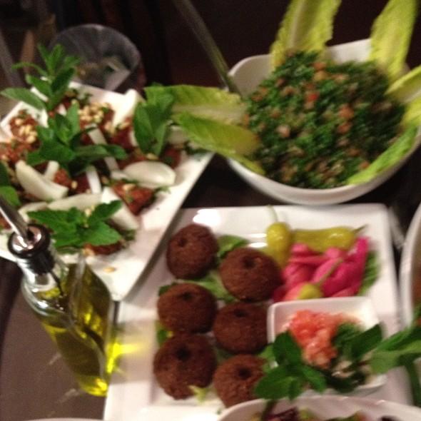 Kibbe Halabyeh, Tabouli, Falafal @ Le Chef Bistro