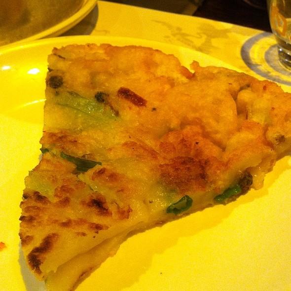 Seafood Scallion Pancake @ New Wonju