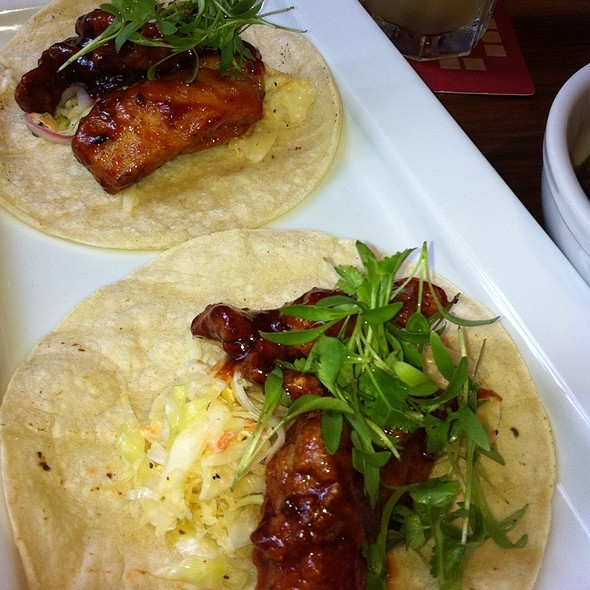 Fried Chicken Tacos @ Square Peg