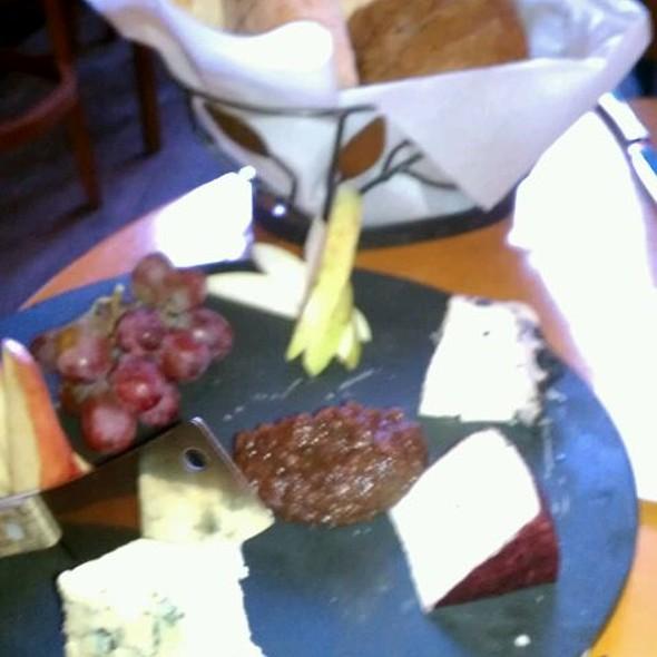 Chefs Cheese Plate @ Crú