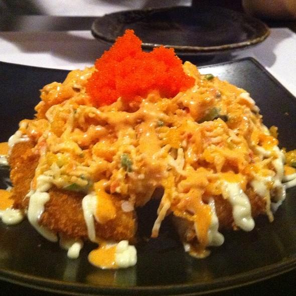 Spicy Crab Sushi Pizza @ Akki Sushi