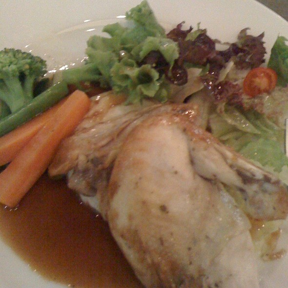 Roast Chicken @ Twenty.21 at Park Square Mall