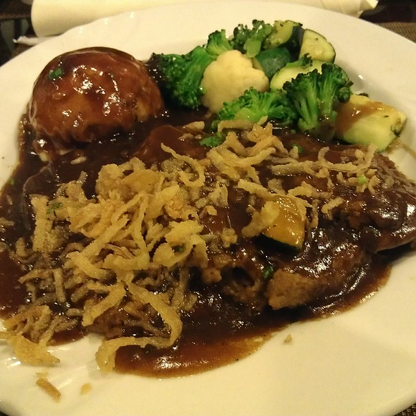 Meatloaf @ Grand Cafe