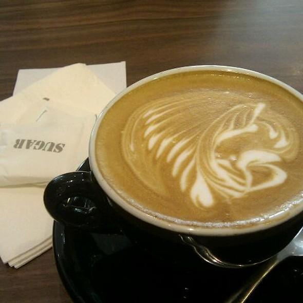 Cafe Latte @ black coffee.dessert.bar
