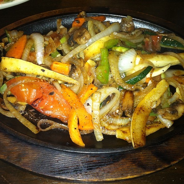 Grilled Vegetable Fajitas @ Margaritas Mercer Village