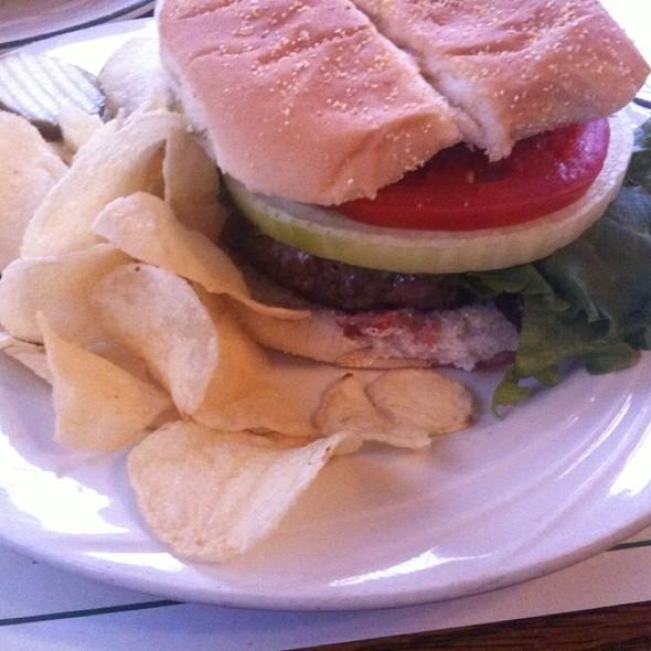 California Burger @ Wert's Cafe