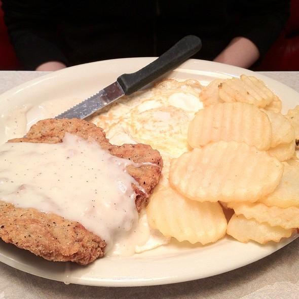 Country Fried Steak Breakfast @ Viking Chili Bowl