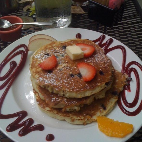 Blueberry Rasberry Oatmeal Pancakes