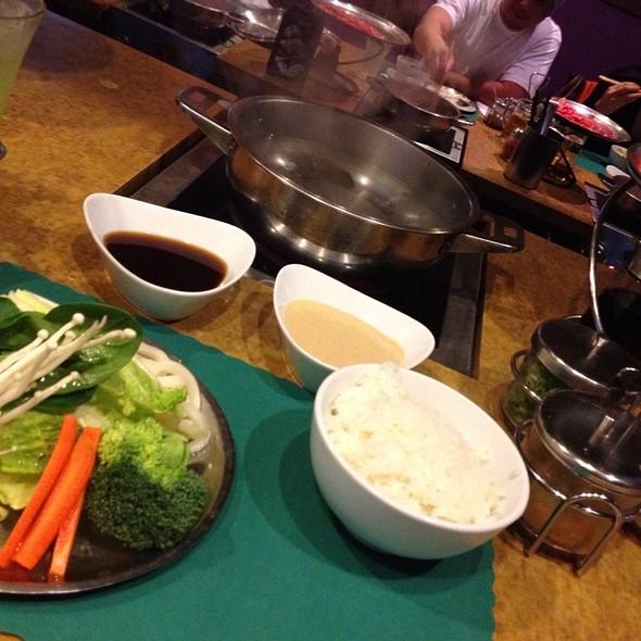 Shabu Shabu & Sukiyaki @ Yojie Shabu-Shabu Japanese Fondue Restaurant