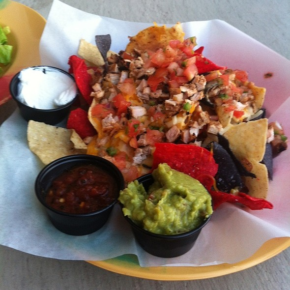 Chicken Nachos @ Lime's