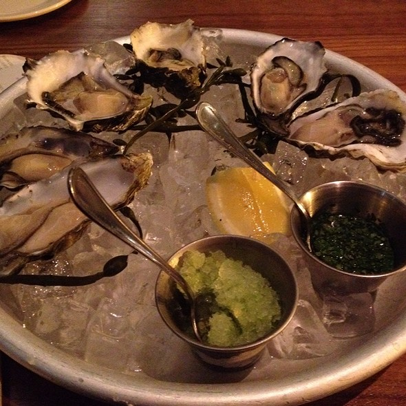 Half Dozen Drake's Bay Oysters @ Bluestem Brasserie
