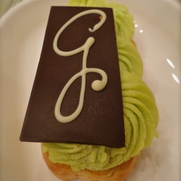 Pistachio Pastry @ La Gourmandine