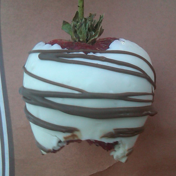 chocolate / white chocolate strawberry @ Rocky Mountain Chocolate Factory of Monterey