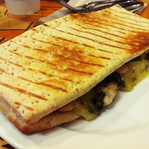 Roasted chicken with Shitake Mushroom Sandwich @ Starbucks, Taft