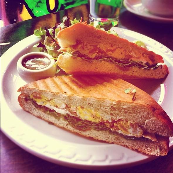 Egg And Prosciutto Sandwich  @ B Cup