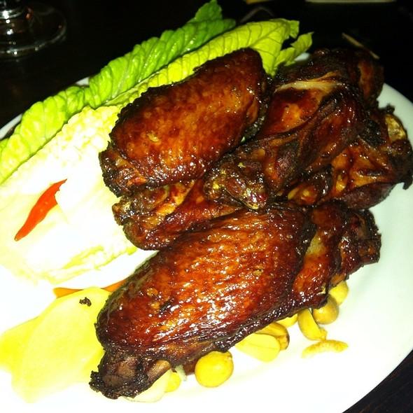 Thai Buffalo Wings @ Sripraphai Thai Restaurant