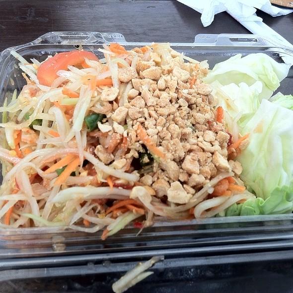 Green Papaya Salad @ Buddhanusorn Thai Temple