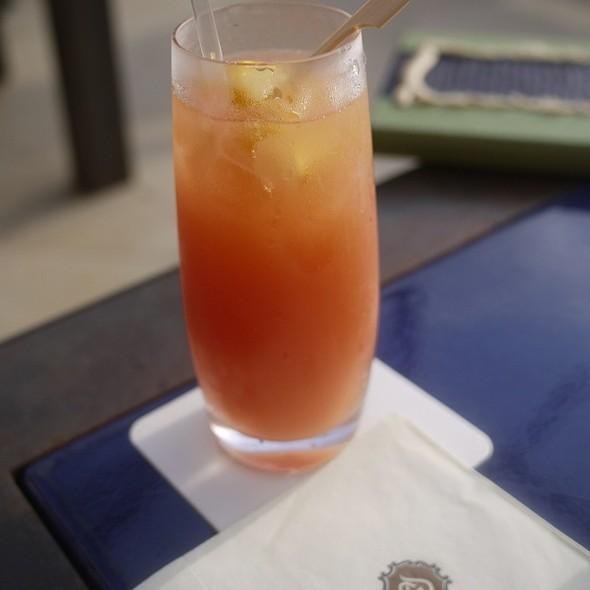 guava Juice - Kauai Grill - St. Regis - Hawaii, Princeville, HI
