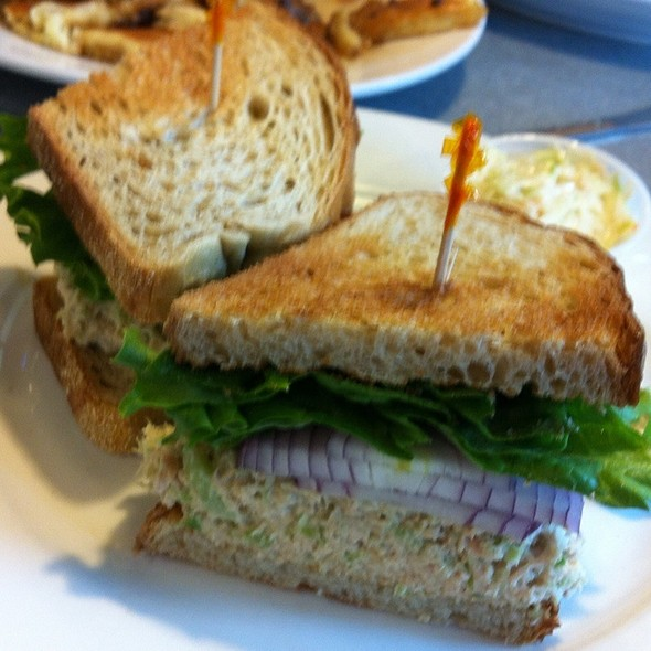 Tuna Salad Sandwhich