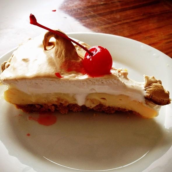 Pie De Limon @ Los Carbones Steakhouse
