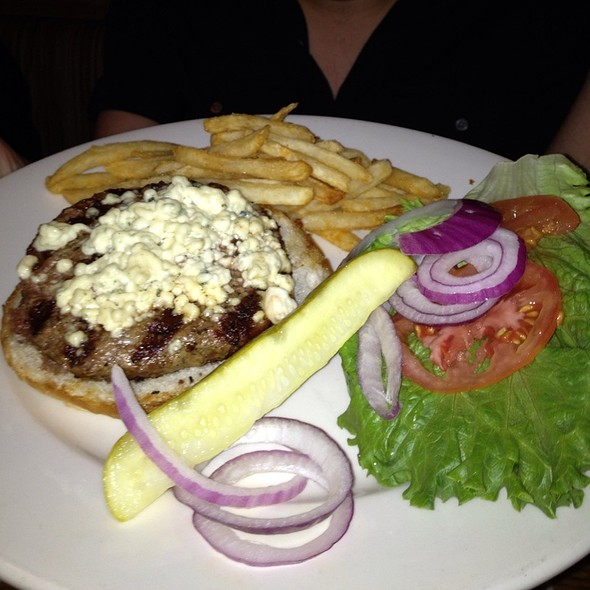 Bleu Cheese Burger @ Peppinos Italian Family Restraurant