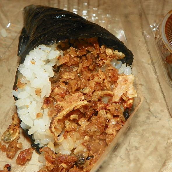 Salmon Skin Temaki @ Sushi Maki