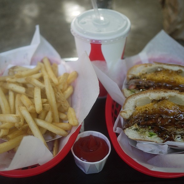 burger and fries @ Duane's Ono-Char Burger