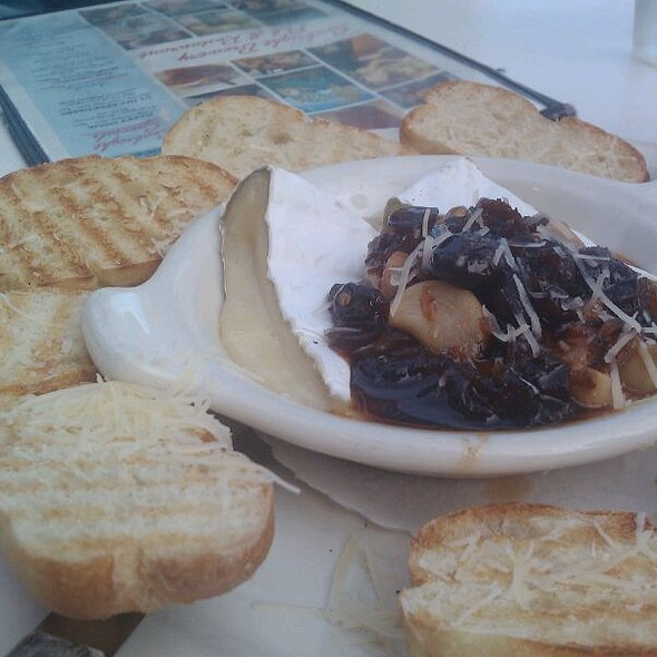 Baked Brie @ Seabright Brewery