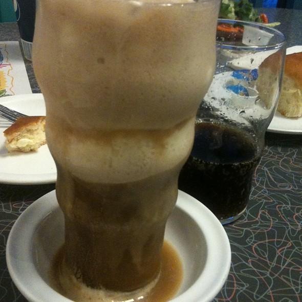 Root Beer Float @ Chicken Pie Diner