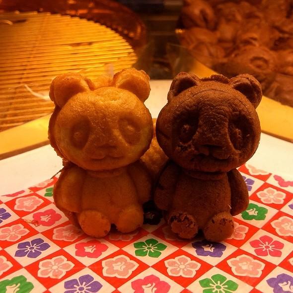 Petit Custa (Petite Custard) @ Shirokiya
