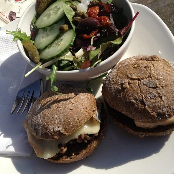 Talegio & Roast Mushroom And Spicy Salami Broodjes With Salad @ De Bakkerswinkel