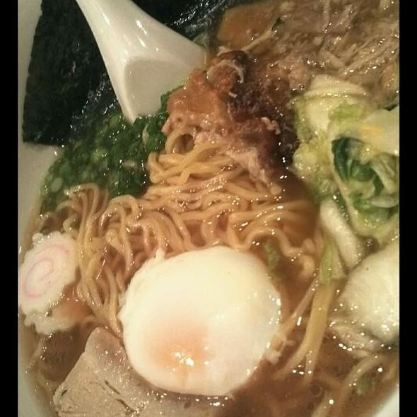 Momofuku Ramen Bowl @ Momofuku Noodle Bar