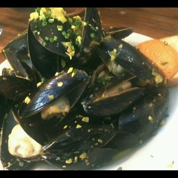 Bouchot Mussels @ Table D'Hote