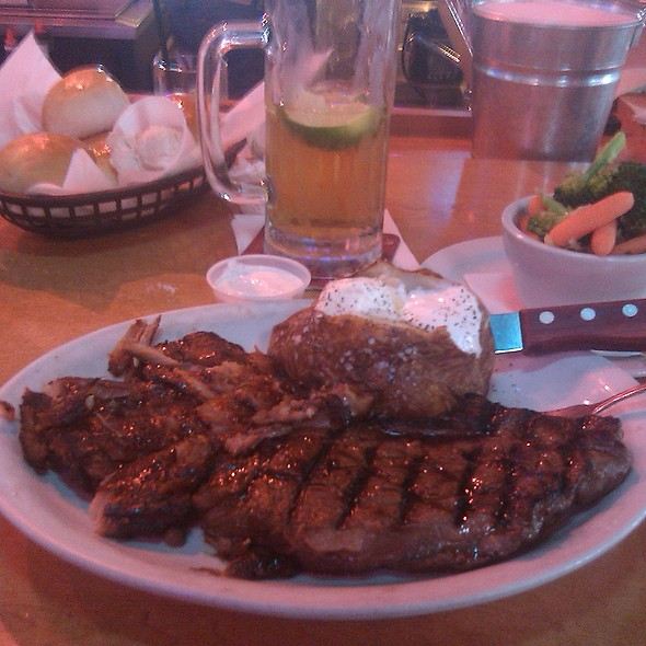 Grill  @ Texas Roadhouse