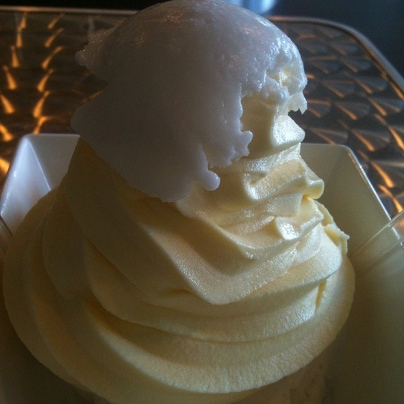 Haupia Ice Cream W/Dole Whip Shot @ Lappert's Ice Cream & Coffee Lounge San Diego