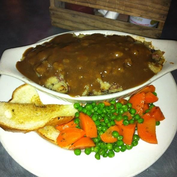 Shepherd's Pie @ Snowshoe Sam's Pub