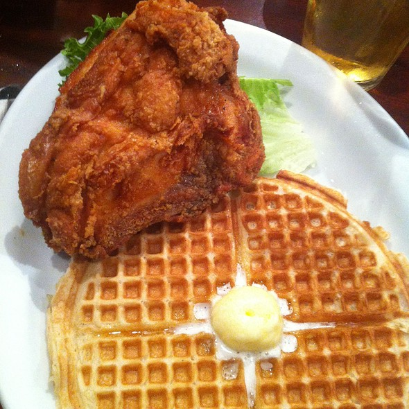Uptown Special @ Gussie's Chicken & Waffle