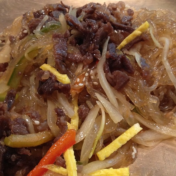 Sogogi Japchae @ Bulgogi Brothers, Alabang Town Center