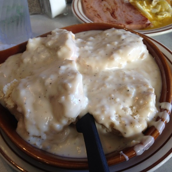 Biscuits and Gravy @ Golden Nugget
