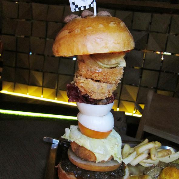 Playground's Autopsy Burger @ The PlayGround